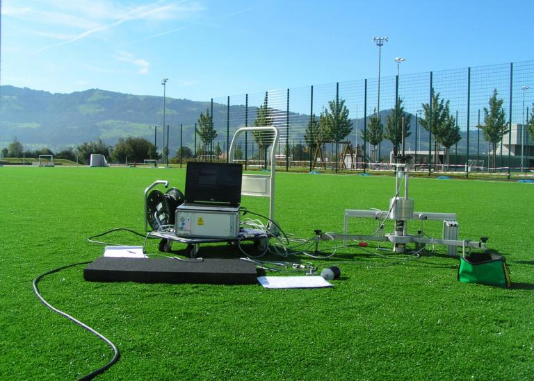 Research & Development - field tests - Domo Sports Grass