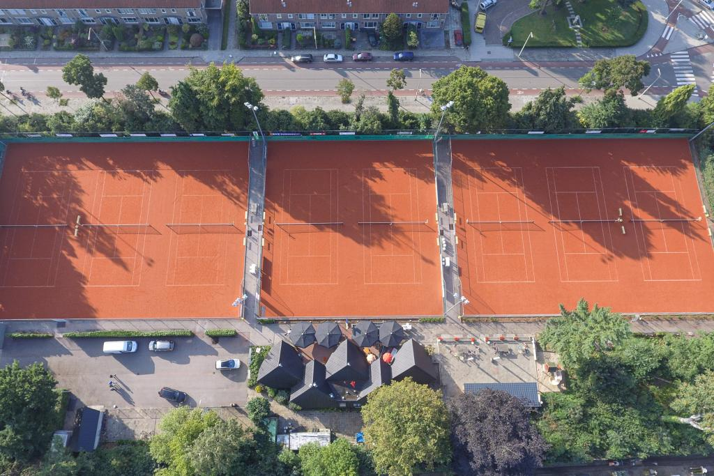 Domo® Sports Grass next to supplier now also main contractor for tennis projects in the Netherlands