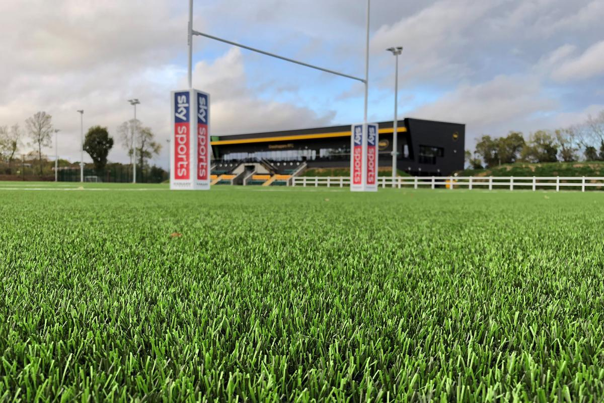 Domo Duraforce XSL - Reference UK Isleworth Middlesex - Grasshoppers RFC - Domo Sports Grass